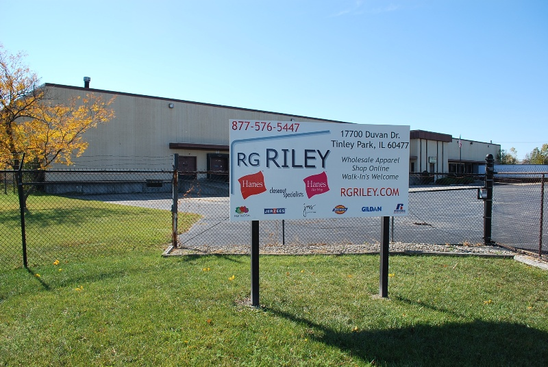 RG Riley Illinois Warehouse - Banner